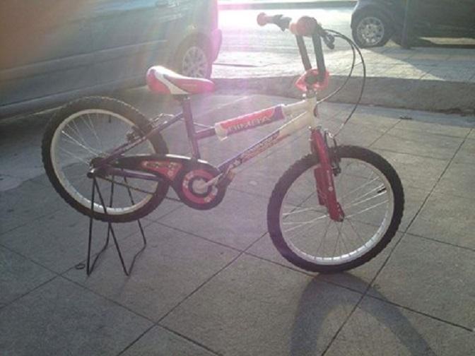 Κάθε μέρα κι ένα ποδήλατο δίνει χαρά σε παιδάκια δικαιούχων του Κοινωνικού Παντοπωλείου του Δήμου Βριλησσίων.