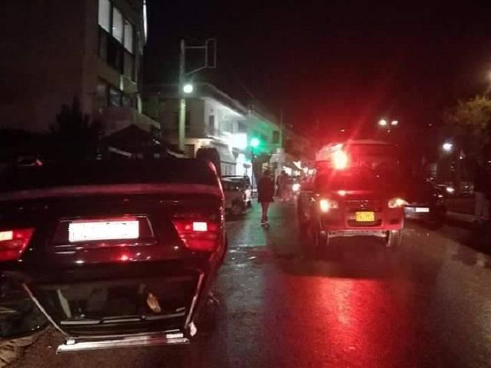Άμεση ήταν η επέμβαση του Κέντρου Επιχειρήσεων και των Εθελοντών Υπηρεσίας του Εθελοντικού Κλιμακίου Πολιτικής Προστασίας Πεντέλης σε ατύχημα που συνέβη την Κυριακή 21 Ιανουαρίου, ώρα 19:30 στην κεντρική πλατεία της Δ.Κ. Ν.Πεντέλης.