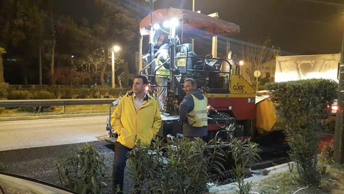 Με εντατικούς ρυθμούς προχωρούν οι εργασίες ασφαλτόστρωσης– συντήρησης του κεντρικού οδικού δικτύου της βόρειας Αθήνας αρμοδιότητας της Περιφέρειας Αττικής.