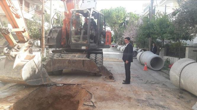 """""""Τα έργα αντιπλημμυρικής προστασίας που πραγματοποιούνται το τελευταίο διάστημα σε πολλές περιοχές των Βριλησσίων, είναι ξεκάθαρο στον καθένα ότι είναι σημαντικά έργα υποδομής, που θωρακίζουν την πόλη μας για τα –πολλά– επόμενα χρόνια, με τρόπο ορθά μελετημένο και με ολοκληρωμένο σχεδιασμό."""