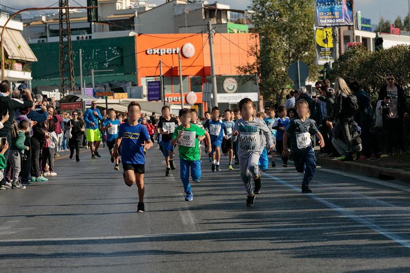 Με επιτυχία στέφθηκε ο αγώνας δρόμου μικρών παιδιών που διοργάνωσε ο Δήμος Χαλανδρίου με τον ΣΕΓΑΣ, στα πλαίσια του 36ουΑυθεντικού Μαραθώνιου Αθήνας.