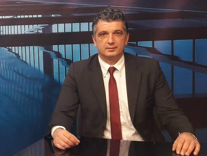 """Σε συνάντηση την Παρασκευή 7/12/2018, ώρα 17.30, στην αίθουσα «Ν. Εγγονόπουλος» στο Πάρκο Μίκης Θεοδωράκης (πρώην ΤΥΠΕΤ), με θέμα: """"Ενημέρωση – Οργάνωση Ενεργειών"""" για το θέμα που έχει προκύψει με τη διεκδίκηση ακινήτων από το Δημόσιο, καλεί τους δημότες ο Δήμαρχος Βριλησσίων Ξένος Μανιατογιάννης."""