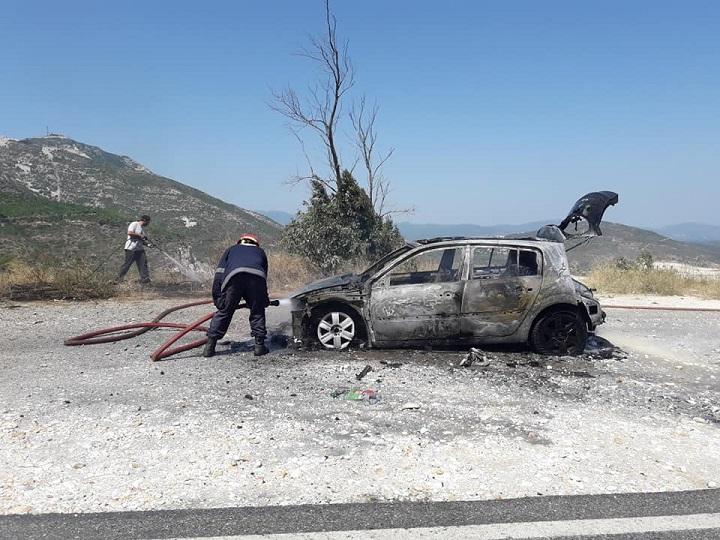 Στις φλόγες τυλίχθηκε ΙΧ αυτοκίνητο στην Πεντέλη και συγκεκριμέναστον περιφερειακό Πεντέλης- Αγίου Πέτρου.