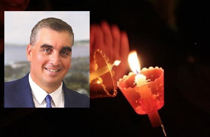 Τον τρόπο για να μεταφερθεί τοΆγιο Φωςσε όλους τους δημότες το βράδυ της Ανάστασης βρήκε ο δήμαρχος Ελληνικού-Αργυρούπολης, Ιωάννης Κωνσταντάτος. Ας γίνει παράδειγμα προς μίμηση...