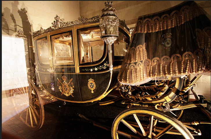 Εντοπίστηκαν από την διεύθυνση συντήρησης του Υπουργείου Πολιτισμού οι βασιλικές άμαξες.