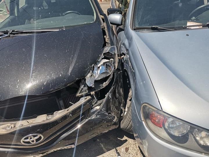 Τροχαίο ατύχημα πριν λίγο στα Βριλήσσια.