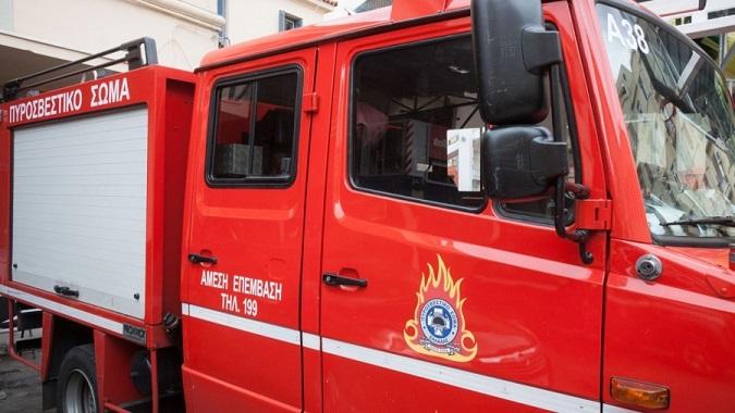 Πυρκαγιά εκδηλώθηκε τη νύχτα του Σαββάτου σε κατοικία επί της οδού Μουστάκα στην Κηφισιά.