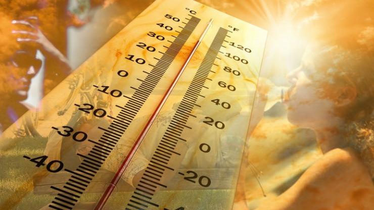 Οι Δήμοι της Αττικής λειτουργούν κάποιες κλιματιζόμενες αίθουσες στις οποίες μπορεί να πάει κάποιος για να προφυλαχθεί από τις υψηλές θερμοκρασίες.