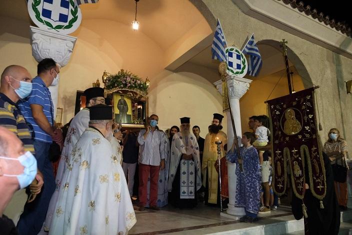 Τελέστηκε η Πανηγυρική Θεία Λειτουργία στη μνήμη του ιερομάρτυρος Κοσμά του Αιτωλού, στον ομώνυμο Ενοριακό Ιερό Ναό του Αμαρουσίου, τηρουμένων των σχετικών πρωτοκόλλων κατά covid-19.